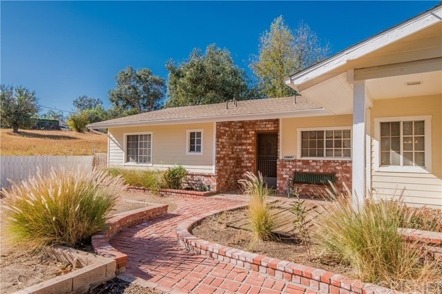 Closed | 10601 Independence  Avenue Chatsworth, CA 91311 4