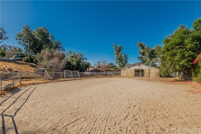 Closed | 10601 Independence  Avenue Chatsworth, CA 91311 6