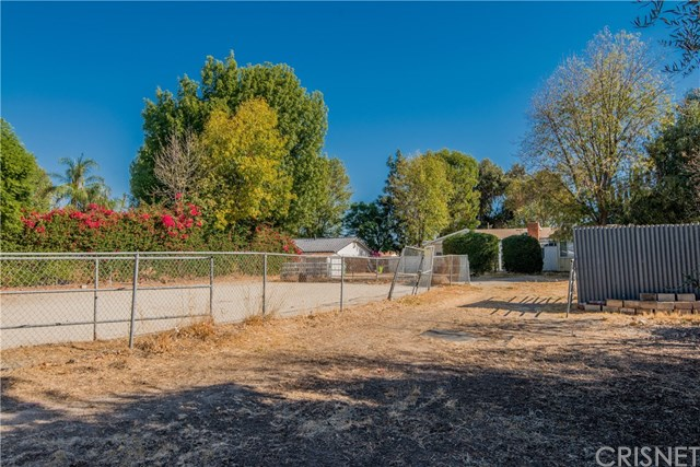 Closed | 10601 Independence  Avenue Chatsworth, CA 91311 8