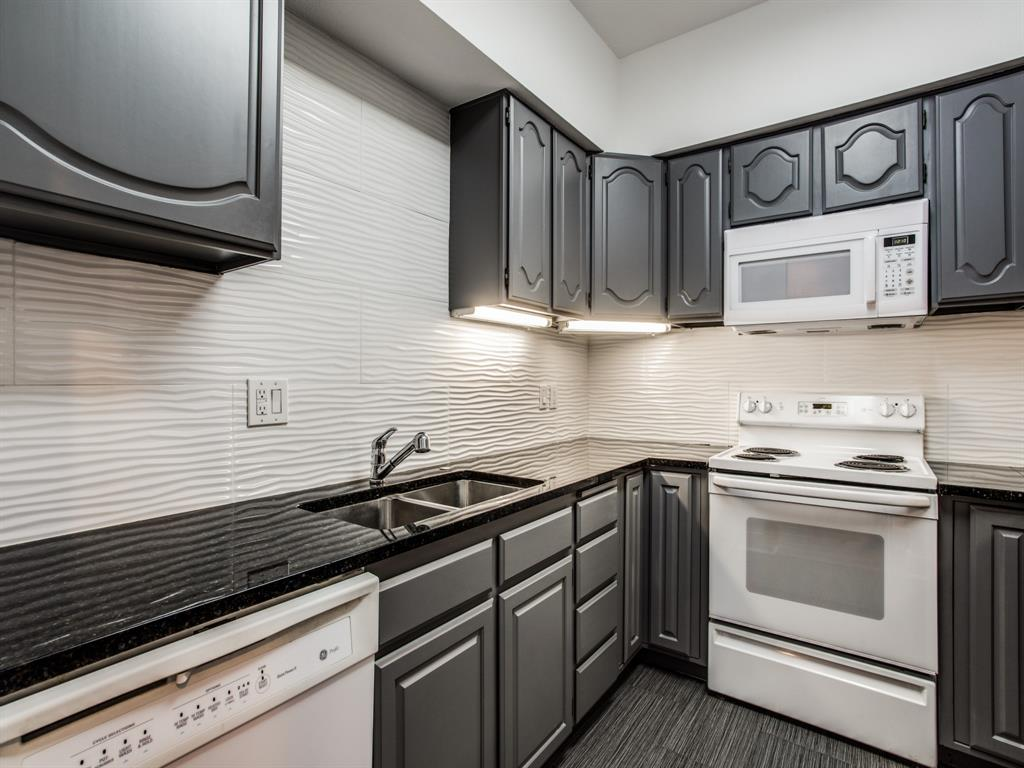 Active Contingent | 3208 Cole  Avenue #1208 Dallas, TX 75204 6