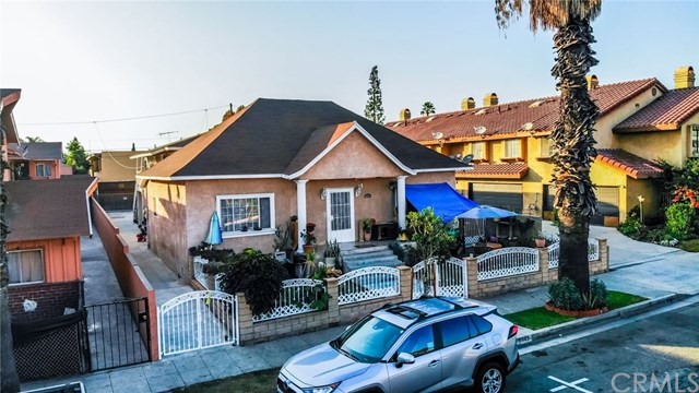 Pending | 5943 Rugby  Avenue Huntington Park, CA 90255 1