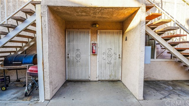 Closed | 5943 Rugby Avenue Huntington Park, CA 90255 16