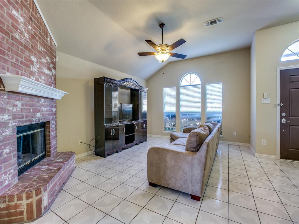 Sold Property   202 Briarglen Drive Cedar Hill, Texas 75104 4