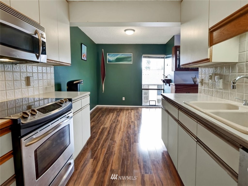 3 Bedroom Condo in Seattle | 13229 Linden Avenue N #405B Seattle, WA 98133 23