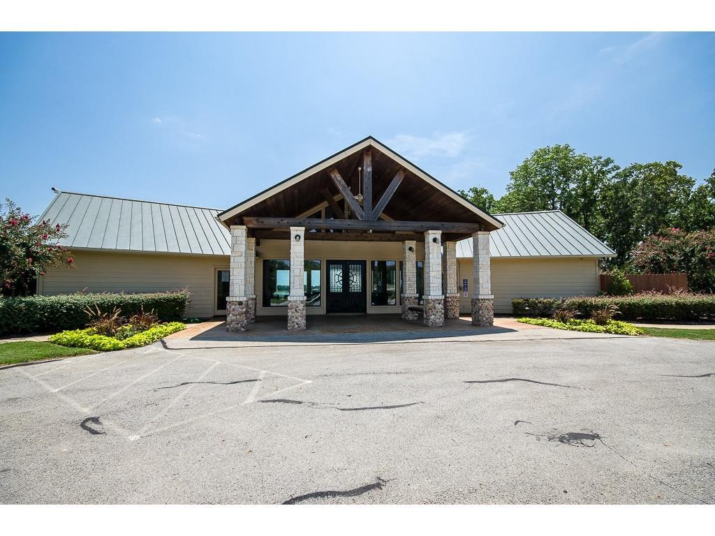 Active | L 406 Clubhouse Drive Corsicana, Texas 75109 29