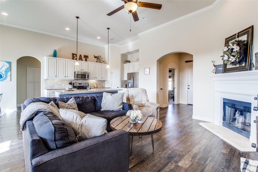 Sold Property | 4915 Lakepark Drive Sanger, Texas 76266 4