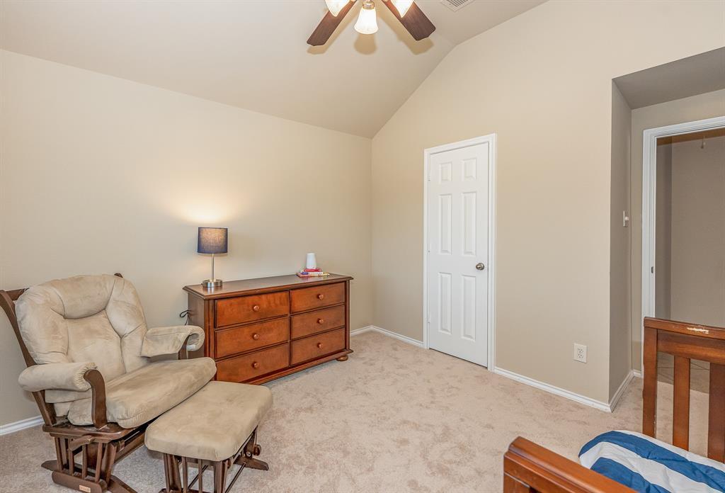 Pending   2101 Balsam Lake Lane Pearland, Texas 77584 10