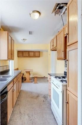 Closed | 718 W Orangethorpe Avenue Fullerton, CA 92832 1