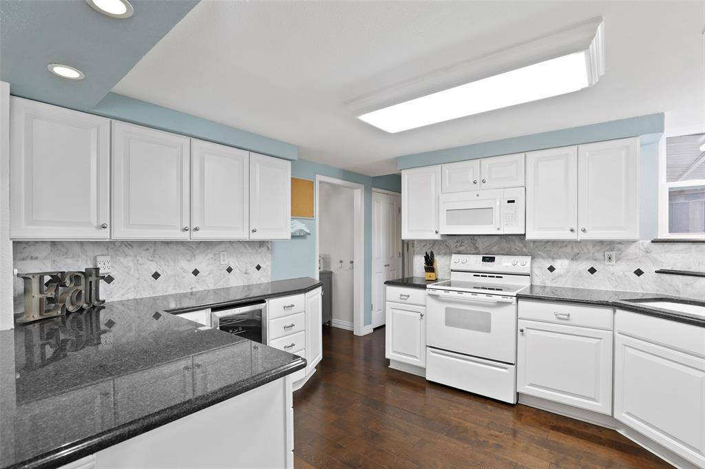 Sold Property | 549 Summit Drive Richardson, Texas 75081 12