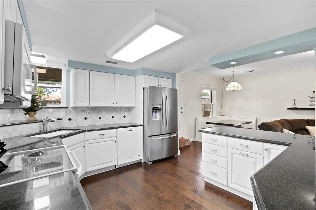 Sold Property | 549 Summit Drive Richardson, Texas 75081 15