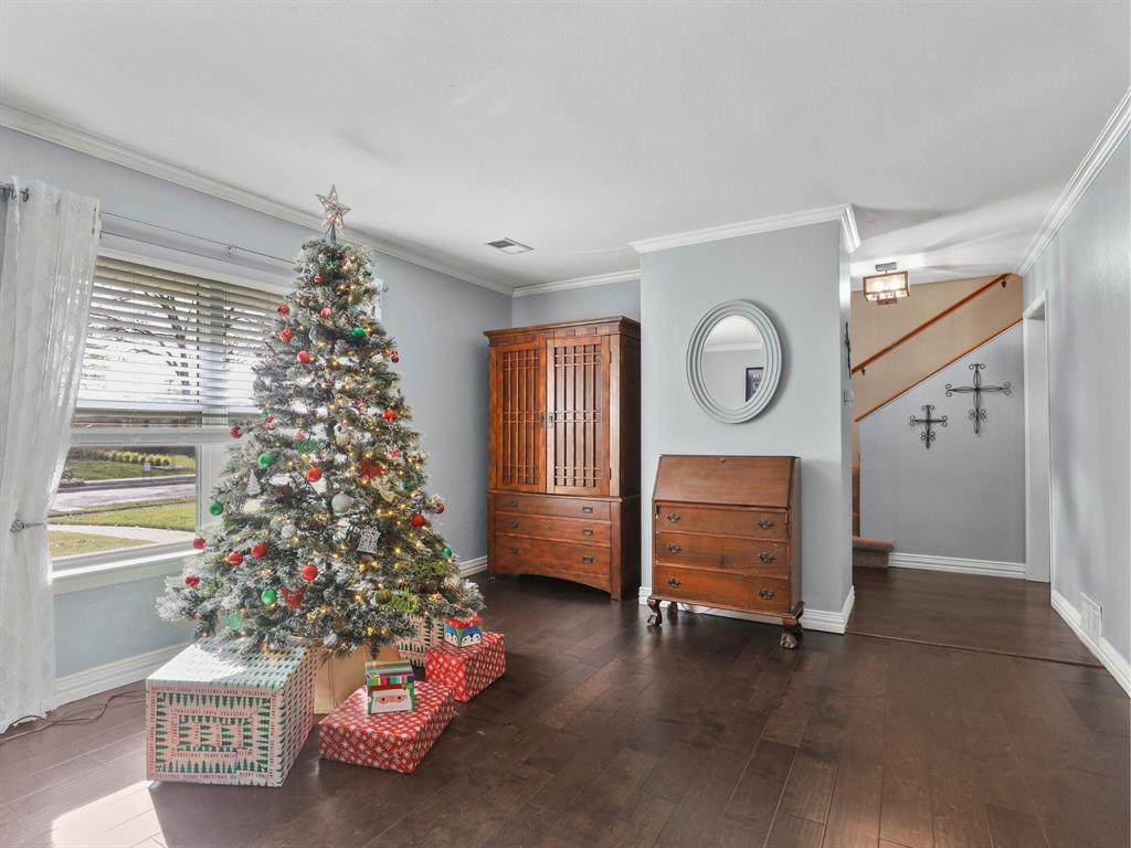 Sold Property | 549 Summit Drive Richardson, Texas 75081 3