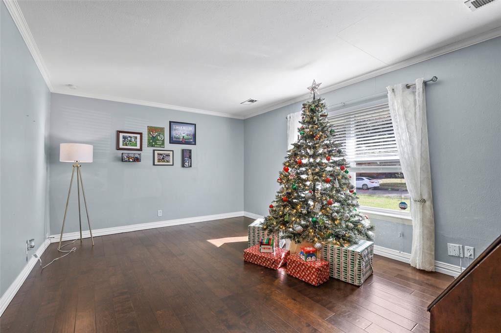Sold Property | 549 Summit Drive Richardson, Texas 75081 4