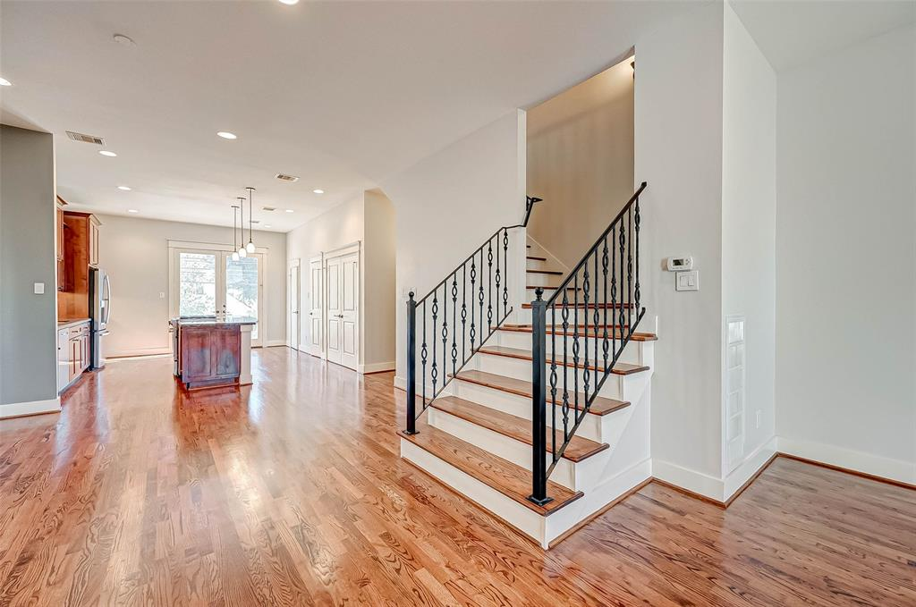 Option Pending | 1714 Dunlavy Street Houston, Texas 77006 16