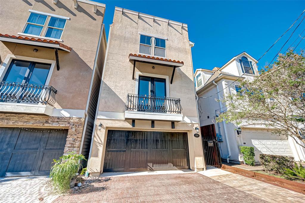 Option Pending | 1714 Dunlavy Street Houston, Texas 77006 2