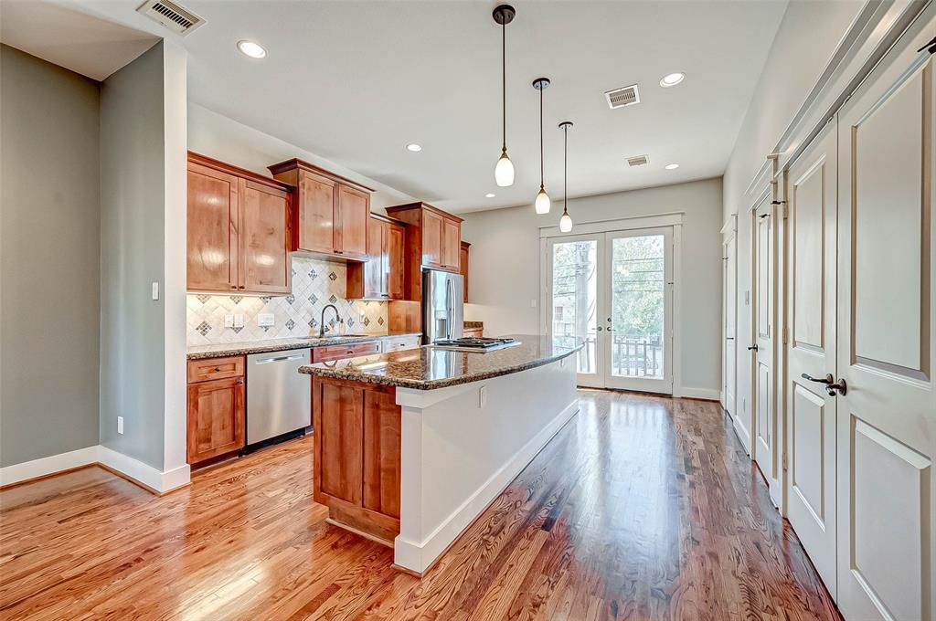 Option Pending | 1714 Dunlavy Street Houston, Texas 77006 20