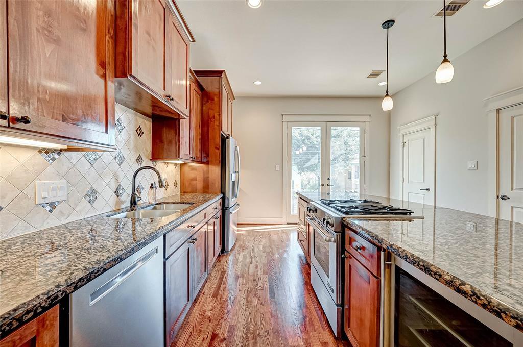 Option Pending | 1714 Dunlavy Street Houston, Texas 77006 21