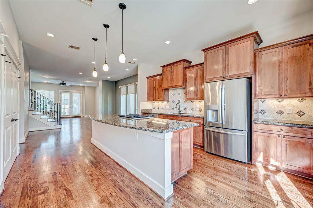 Option Pending | 1714 Dunlavy Street Houston, Texas 77006 22