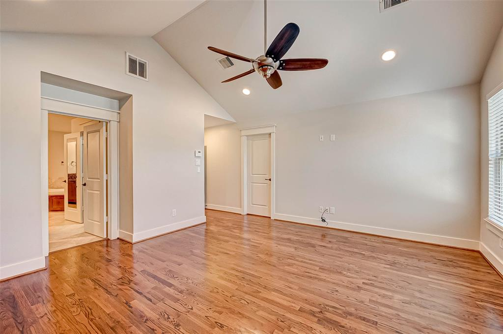 Option Pending | 1714 Dunlavy Street Houston, Texas 77006 37