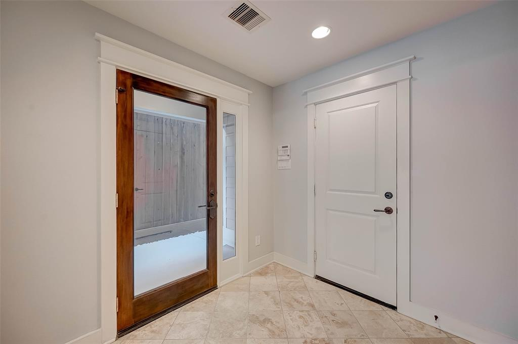 Option Pending | 1714 Dunlavy Street Houston, Texas 77006 6
