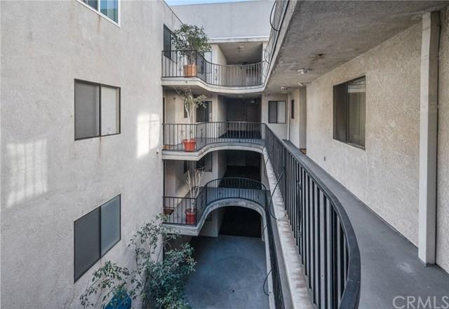Closed | 726 Elm Avenue #305 Long Beach, CA 90813 29