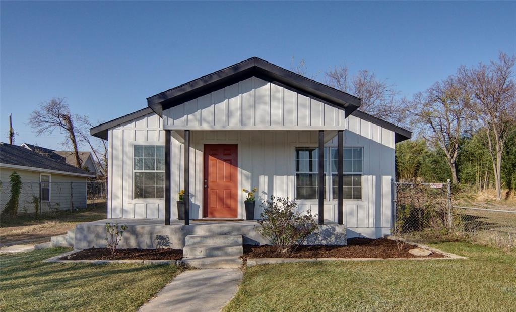Active Option Contract   5118 Blackmore  Avenue Fort Worth, TX 76107 1