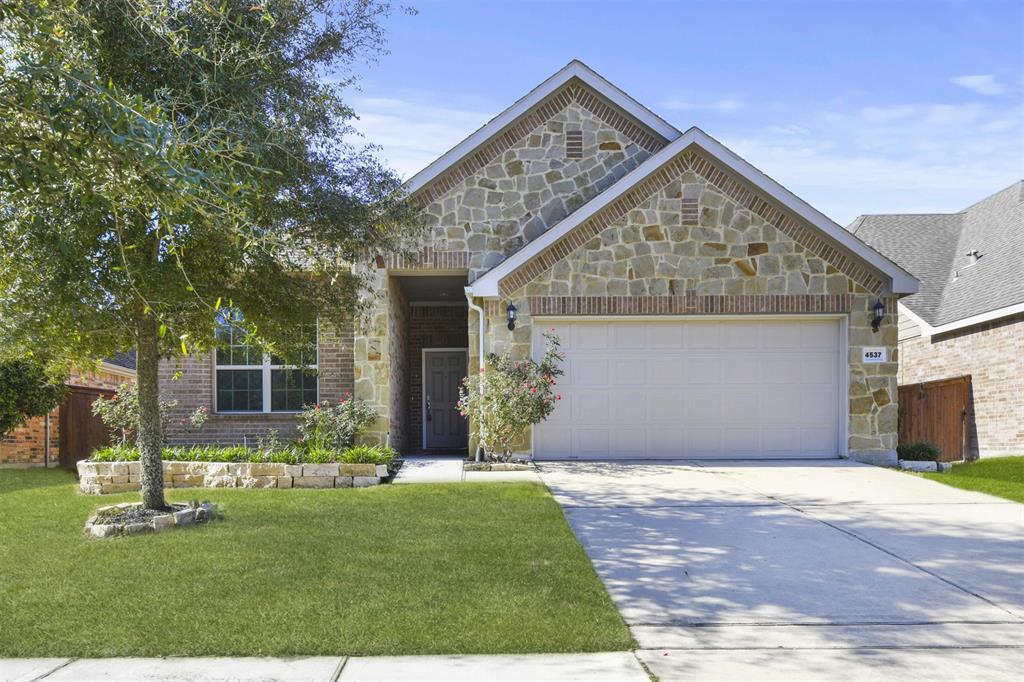 Off Market | 4537 Argonne Woods Drive Porter, Texas 77365 1