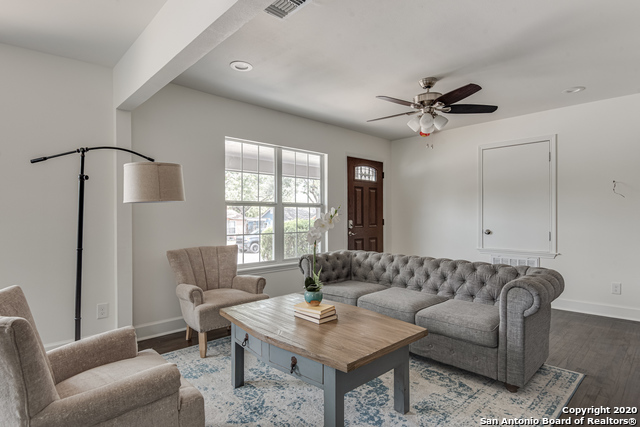 Active Option | 330 GIVENS AVE San Antonio, TX 78204 10