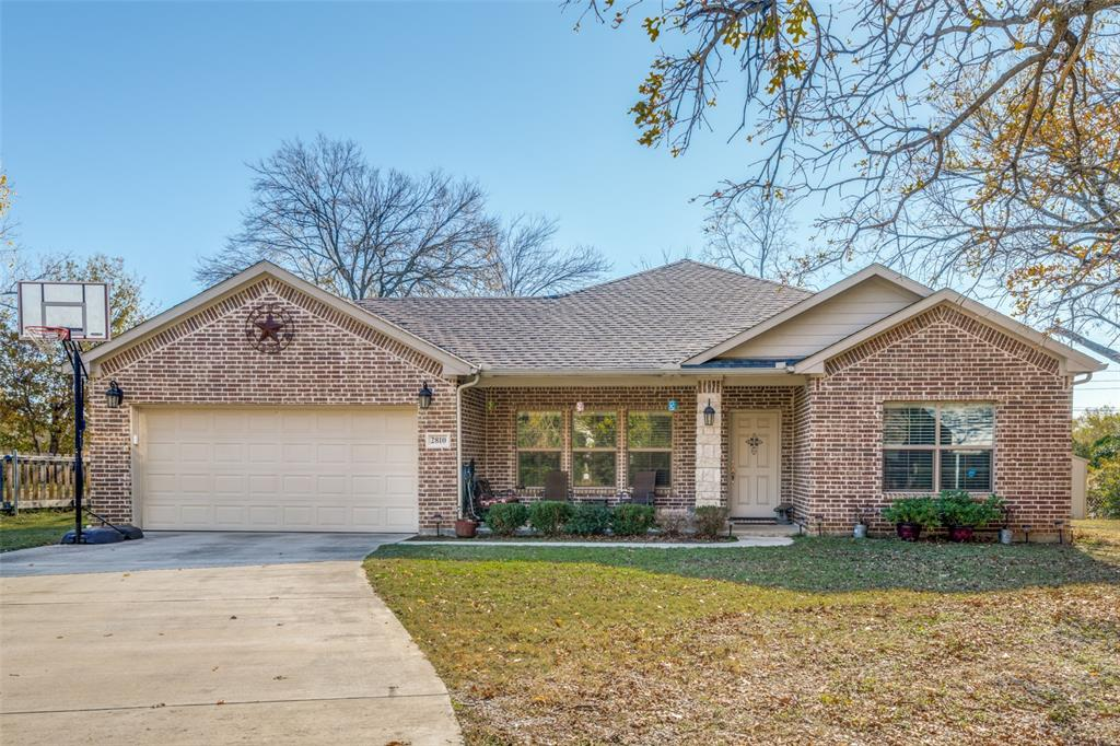 Sold Property | 2810 W 18th Street Irving, Texas 75060 1