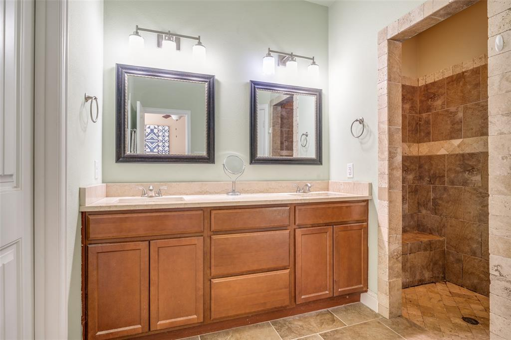 Sold Property | 2810 W 18th Street Irving, Texas 75060 14
