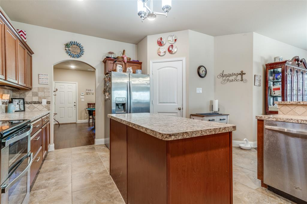 Sold Property | 2810 W 18th Street Irving, Texas 75060 8