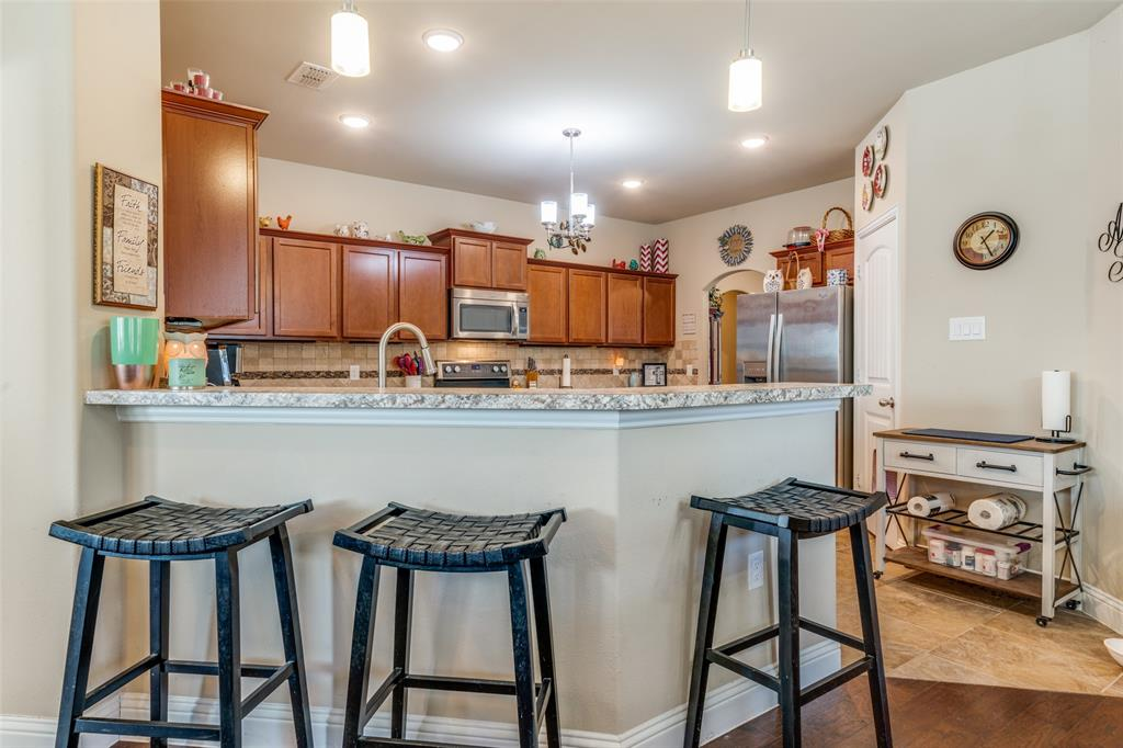 Sold Property | 2810 W 18th Street Irving, Texas 75060 9