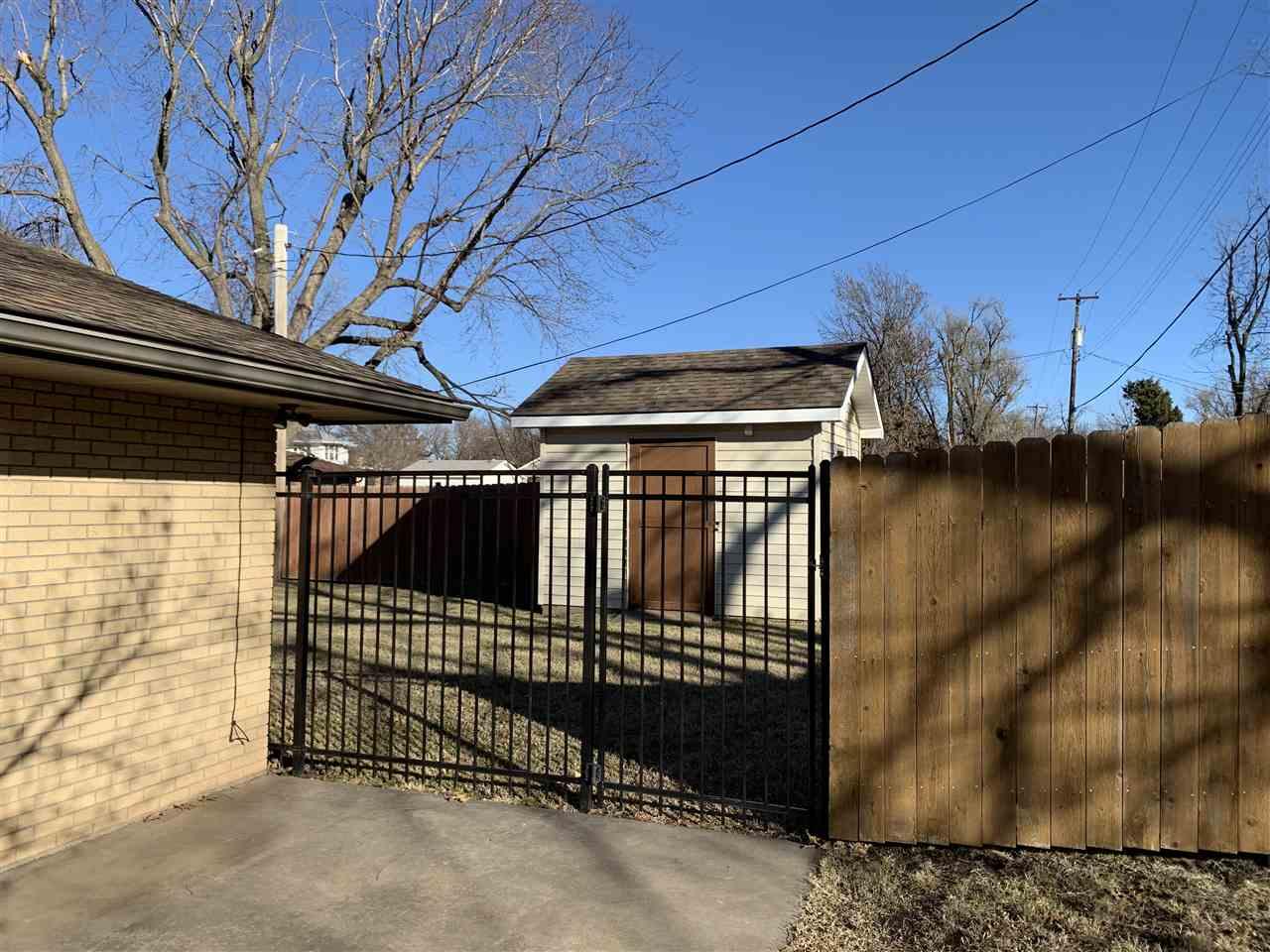 Sold Intraoffice W/MLS | 114 S Peach Newkirk, OK 74647 27