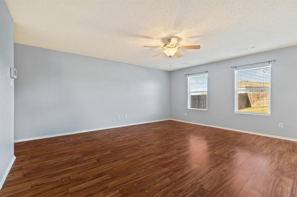Sold Property | 5024 Waterford Drive Fort Worth, Texas 76179 9