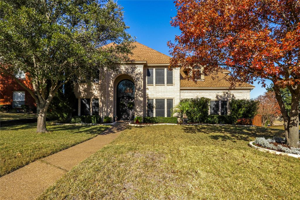 Pending | 7500 Rall  Circle Fort Worth, TX 76132 1