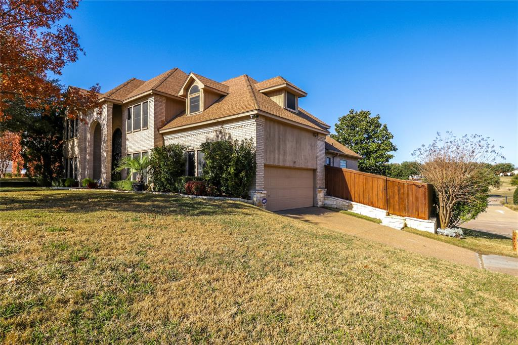 Pending | 7500 Rall  Circle Fort Worth, TX 76132 2
