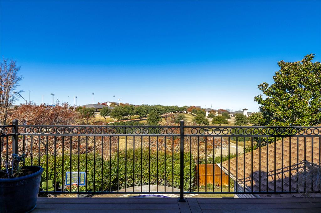 Pending | 7500 Rall  Circle Fort Worth, TX 76132 25