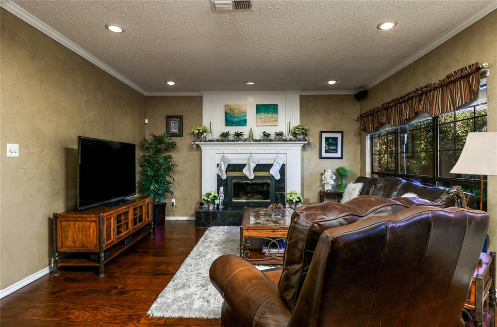 Pending | 7500 Rall  Circle Fort Worth, TX 76132 8