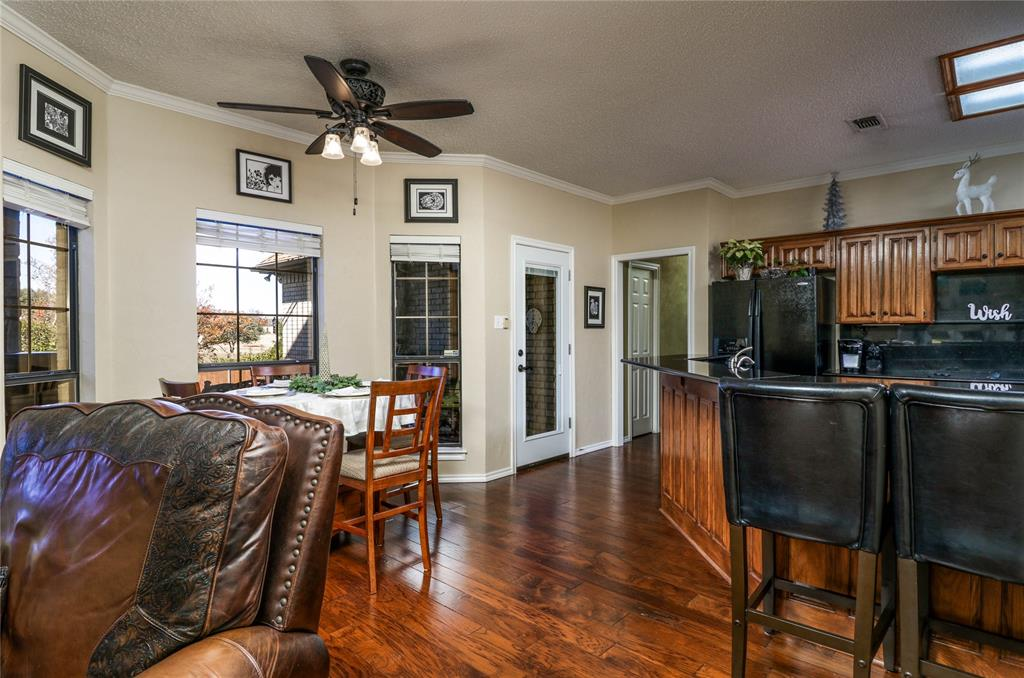 Pending | 7500 Rall  Circle Fort Worth, TX 76132 9