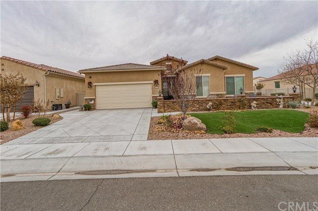 Closed | 18981 Cassia Court Apple Valley, CA 92308 1