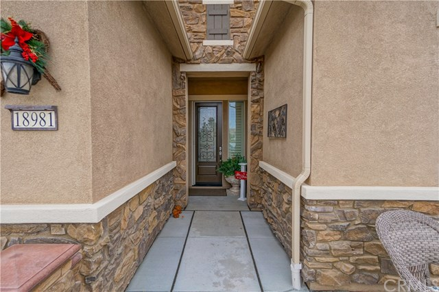 Closed | 18981 Cassia Court Apple Valley, CA 92308 5