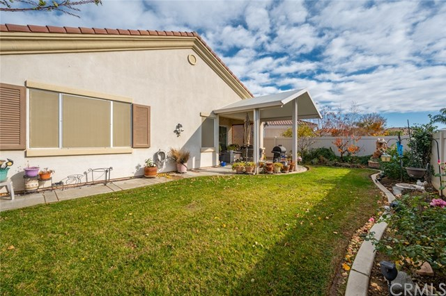 Active Under Contract   869 East Lake Road Beaumont, CA 92223 15