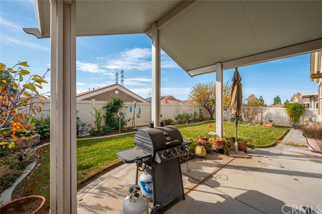 Active Under Contract   869 East Lake Road Beaumont, CA 92223 16