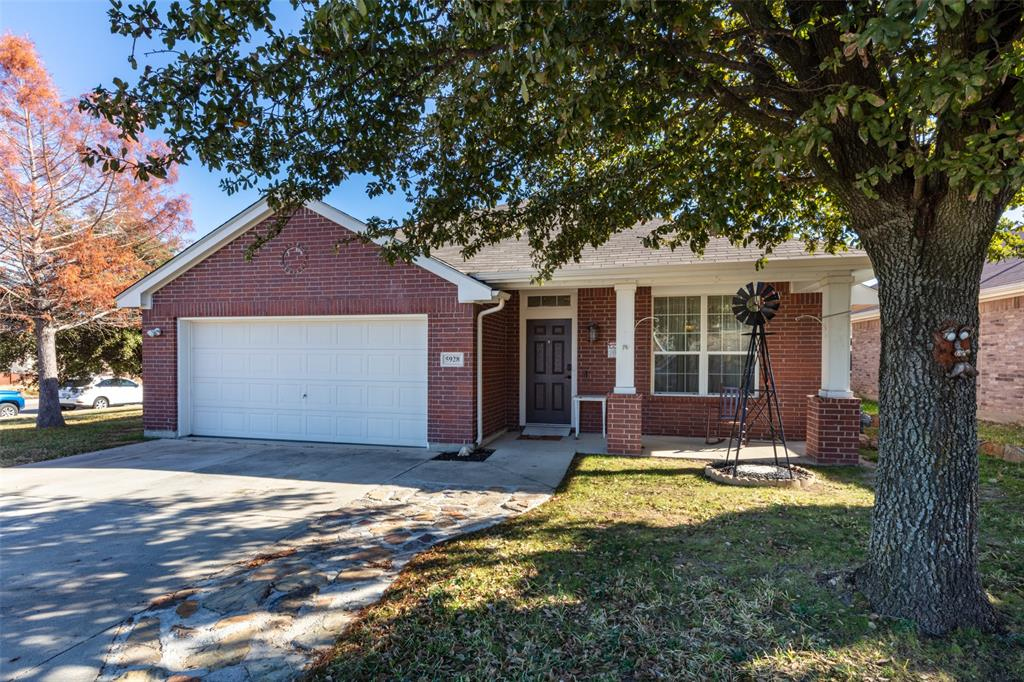 Pending | 5928 Westgate  Drive Fort Worth, TX 76179 1