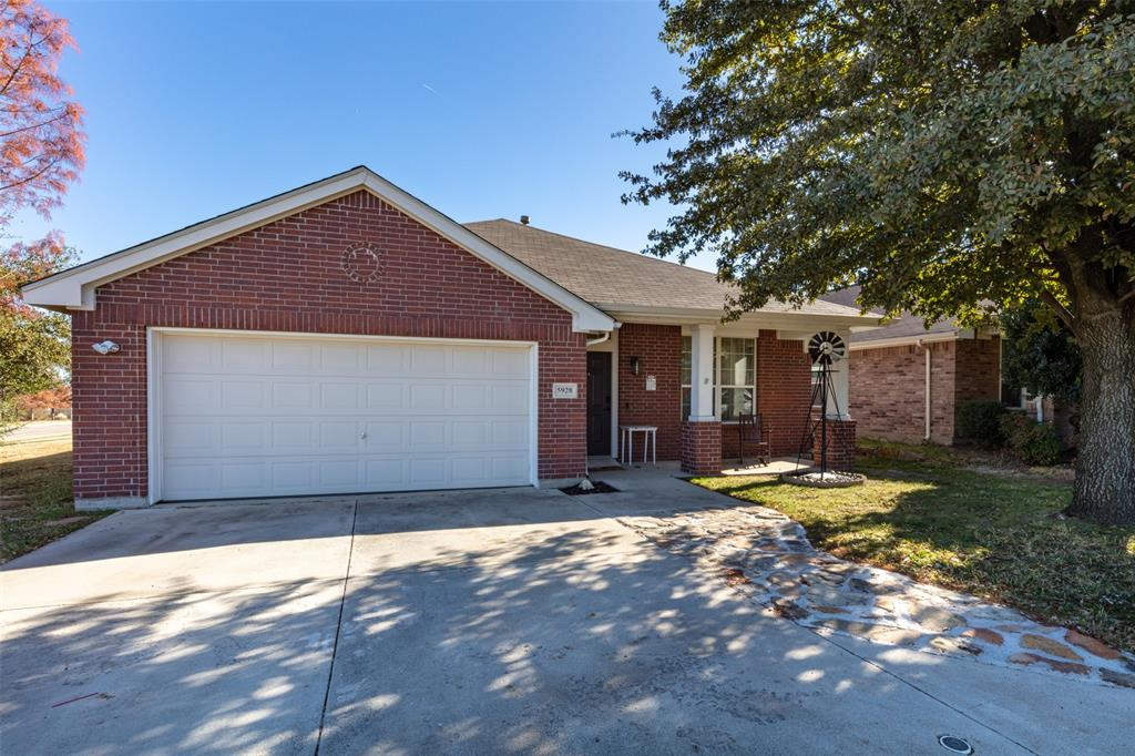 Pending | 5928 Westgate  Drive Fort Worth, TX 76179 29