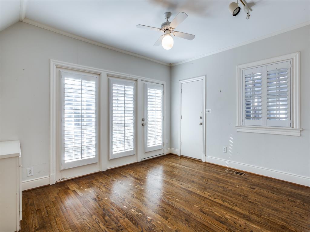Sold Property | 1023 Sarasota Circle Dallas, Texas 75223 4