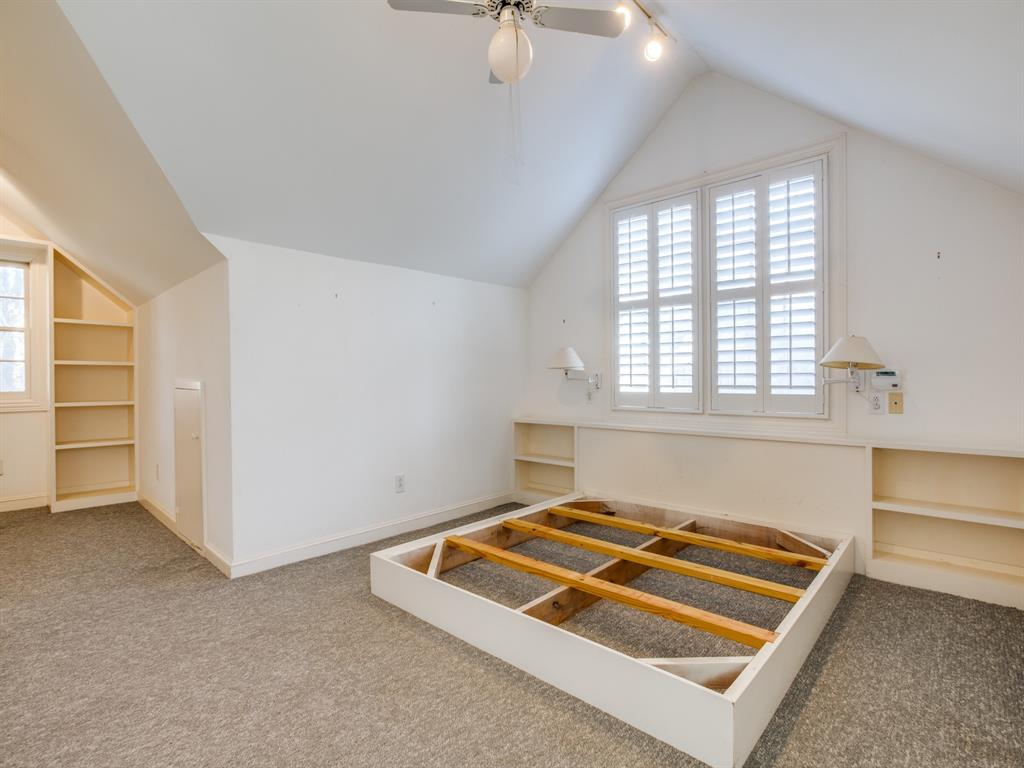 Sold Property | 1023 Sarasota Circle Dallas, Texas 75223 6