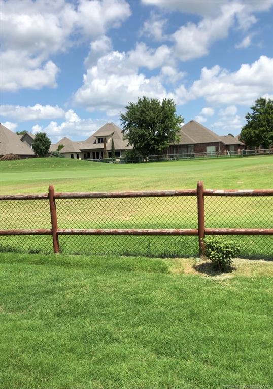 Active | 3909 N Narcissus Avenue Broken Arrow, Oklahoma 74012 4