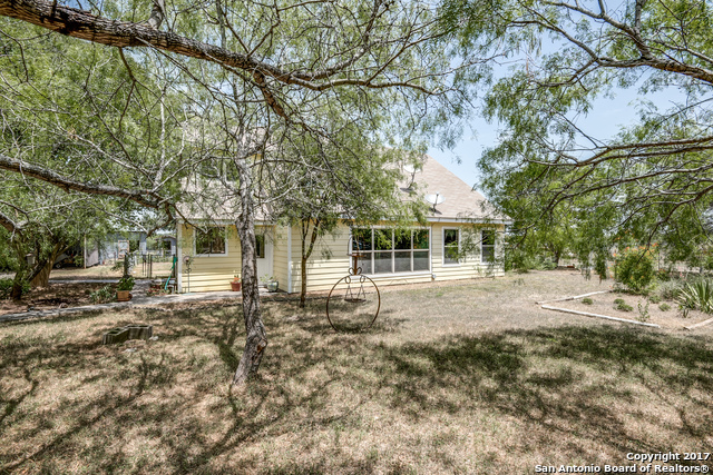 Active | 3951 BRIAR HOLLOW ST  San Antonio, TX 78247 2