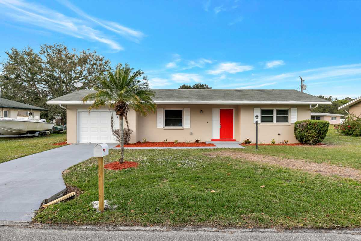 move in ready 3/2 available in Port Charlotte Fl | 22120 Rochester Ave Port Charlotte, FL 33952 1