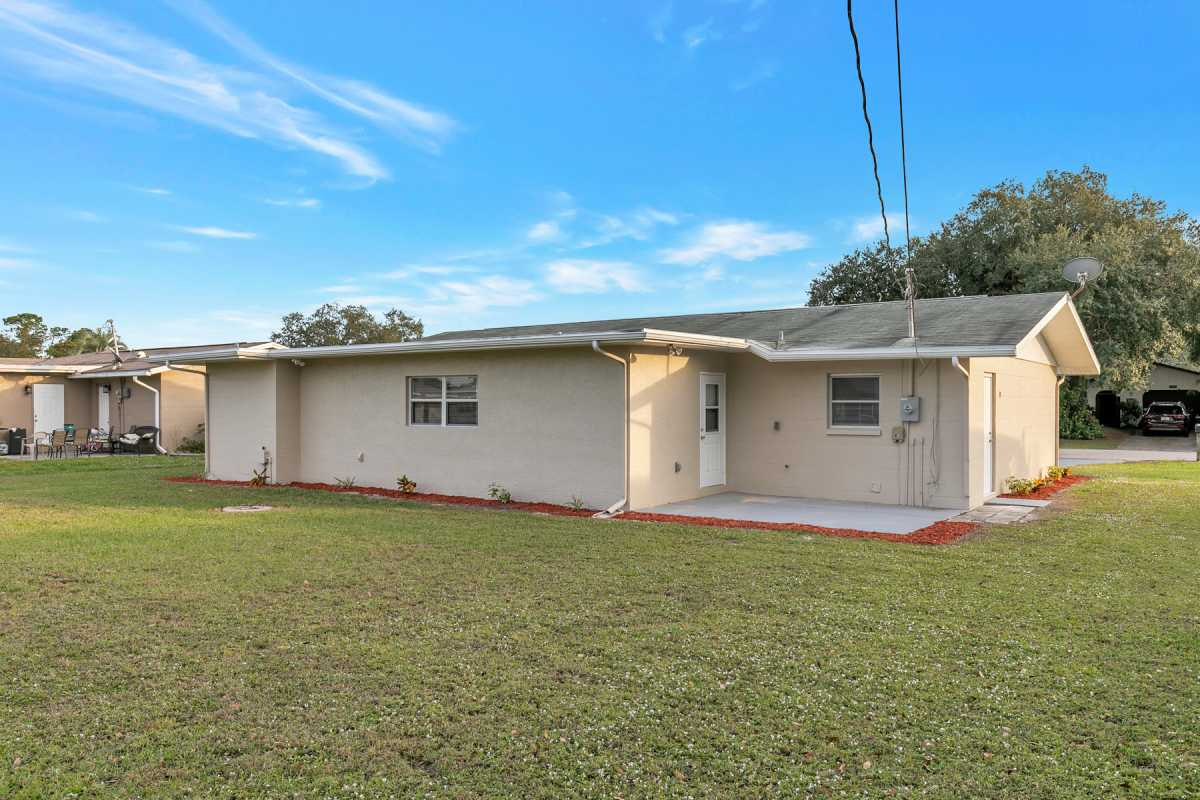 move in ready 3/2 available in Port Charlotte Fl | 22120 Rochester Ave Port Charlotte, FL 33952 2